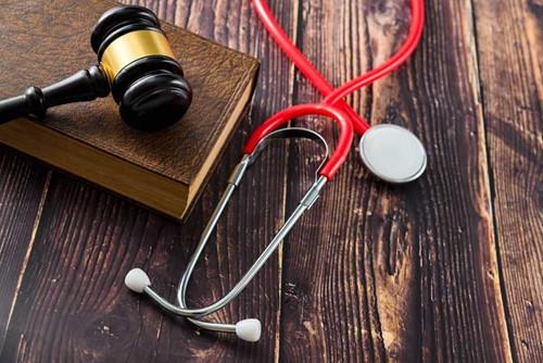 אחריות שילוחית בתביעות רשלנות רפואית